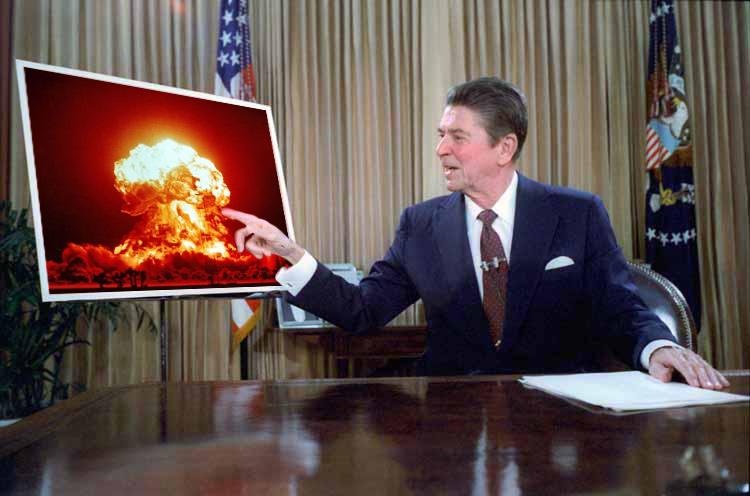 Станислав Петров предотвратява ядрена война през 1983г